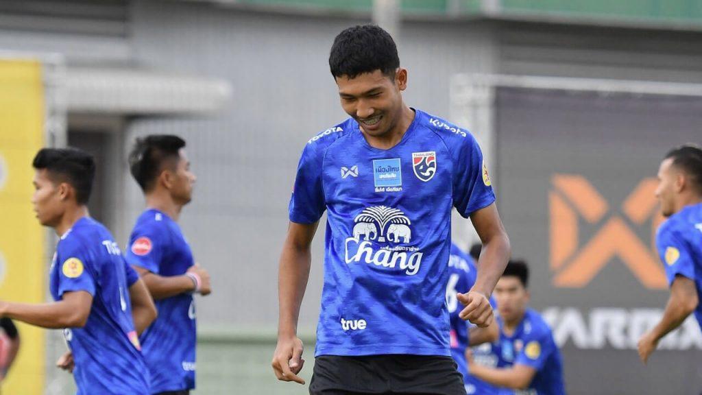 ทีมชาติไทยอุ่นเครื่อง